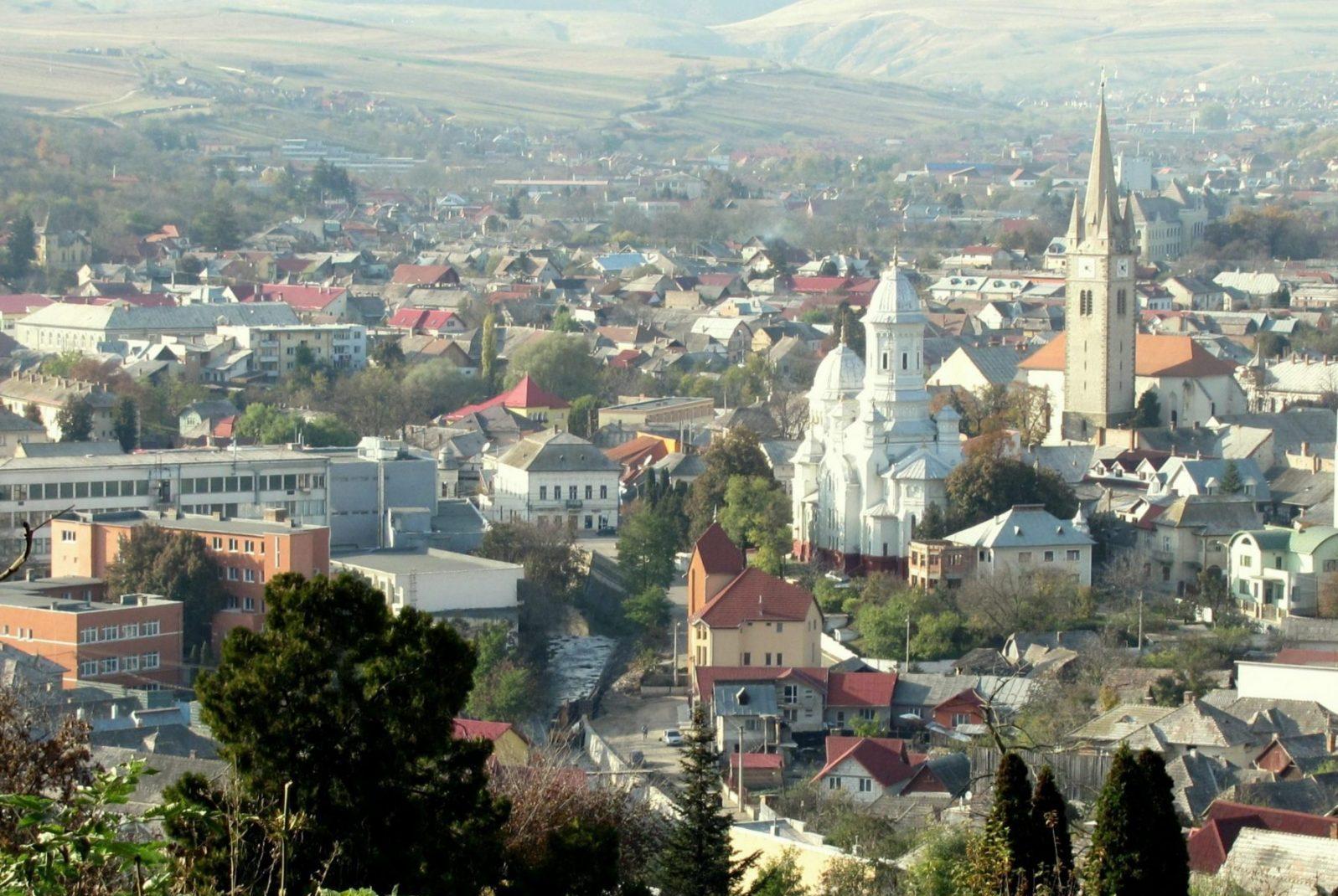 Asfaltarea strazii Ariesului,            Turda
